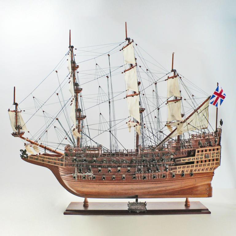 Maquette de bateau en bois faite à la main du Sovereign of the Seas